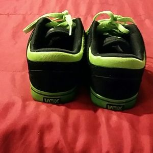 VOX Shoes - Black and green skate shoes